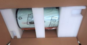 """Der """"OTA"""" im Karton, zusammen mit dem Verpackungsmaterial - RASA 8"""