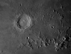 Der Krater Kopernikus, © 2019 by W. Paech+F. Hofmann – Camäleon Observatory, Namibia