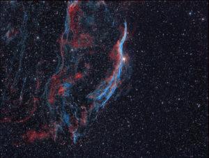 Bicolor-Aufnahme des rechten Cirrusnebels mit nur 14x3 OIII und 14x4 Minuten Halpha, Kamera: ASI 1600 Kamera, mit Baader Ultra-Narrowband H-alpha CCD-Filter (3,5nm), Michael Jäger