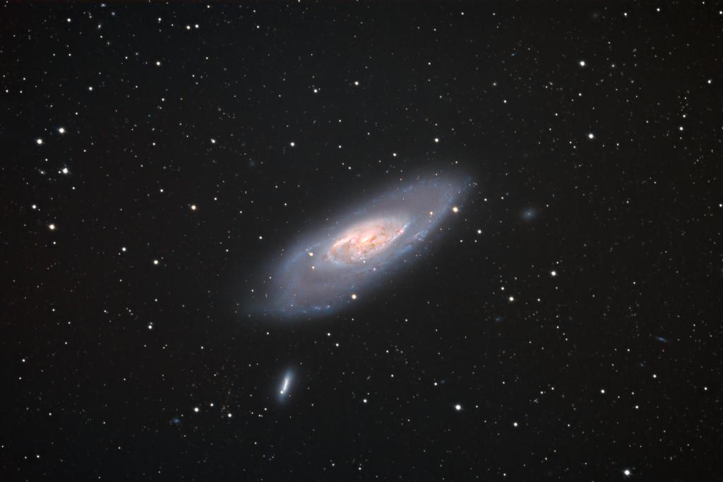 Messier 106 aufgenommen mit RASA 36 - Mike Behnke