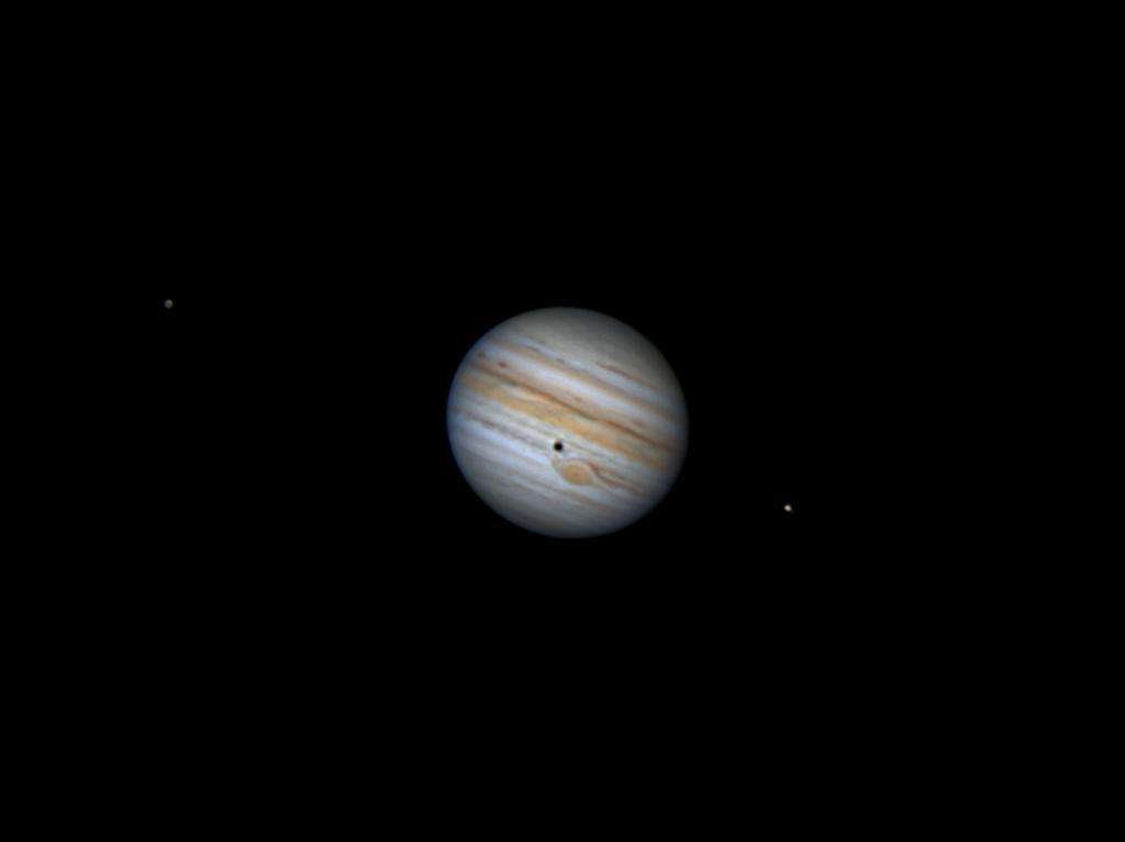 Kallisto, Jupiter mit Kallisto-Schatten-Transit, Io aufgenommen mit Celestron Nexstar 8SE - James Bates